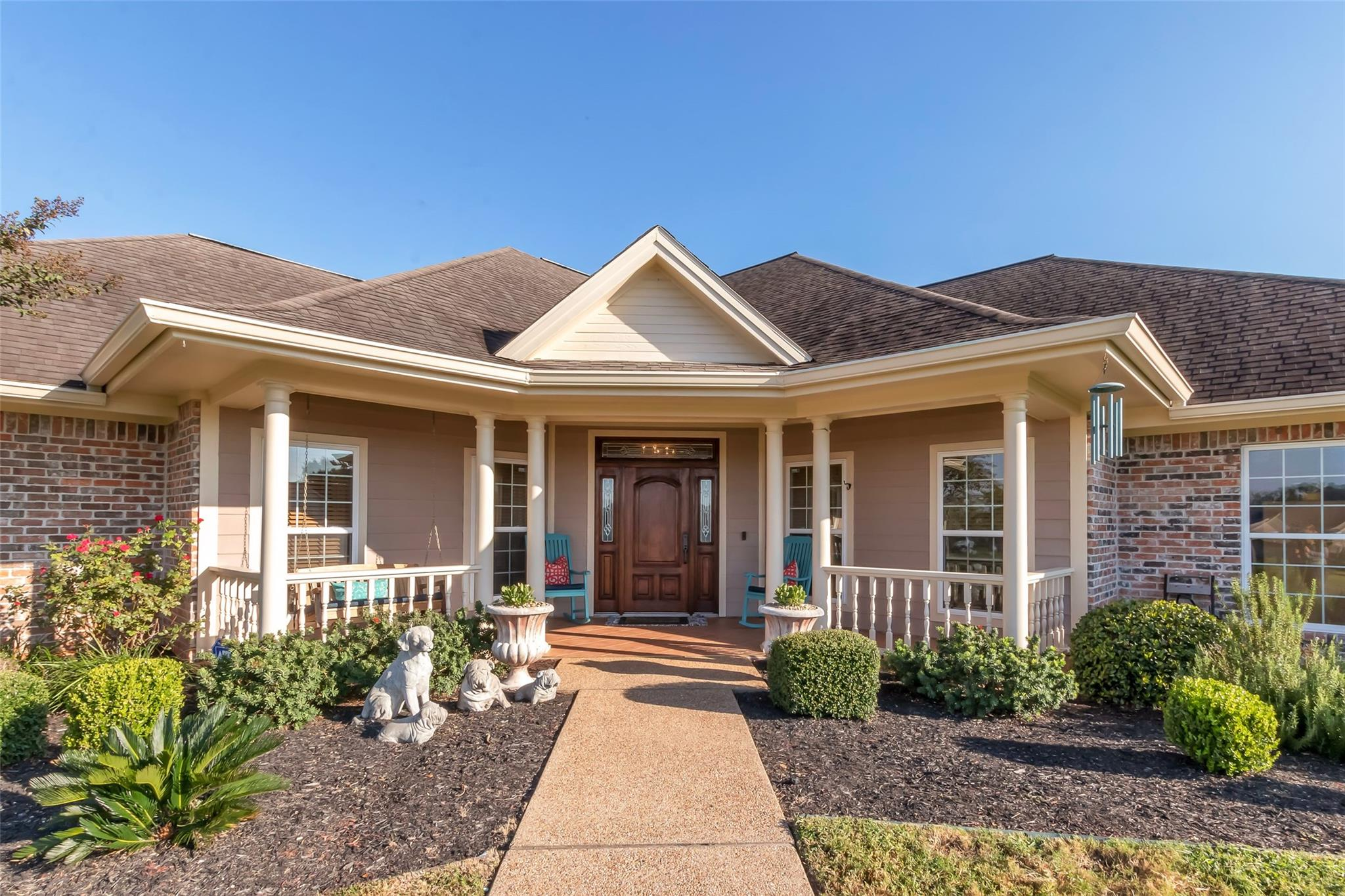 5785 Easterling Drive Property Photo - Bryan, TX real estate listing