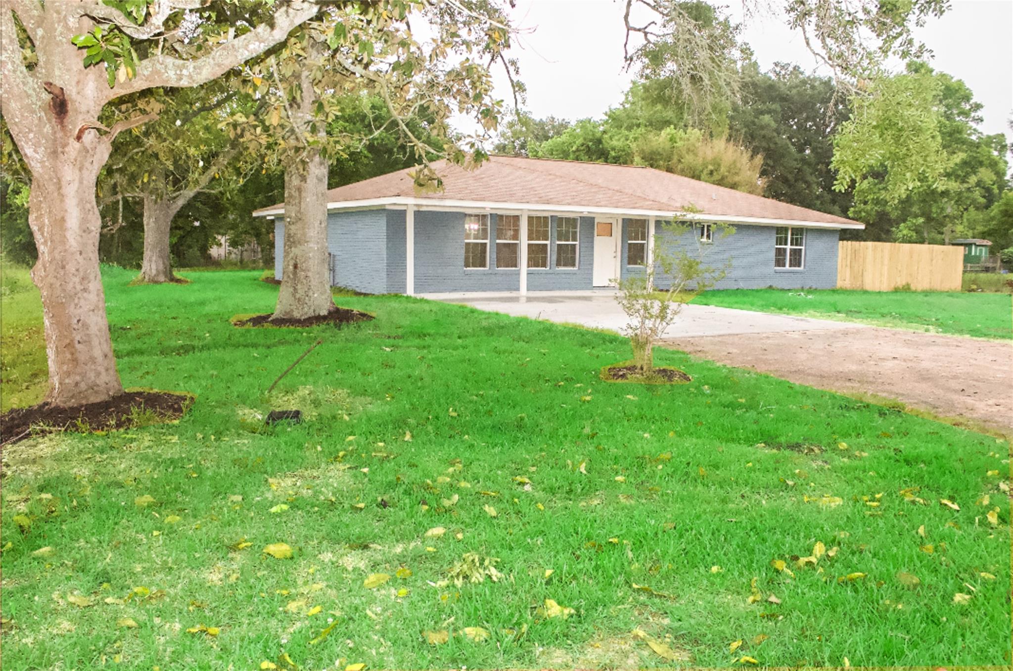 77582 Real Estate Listings Main Image