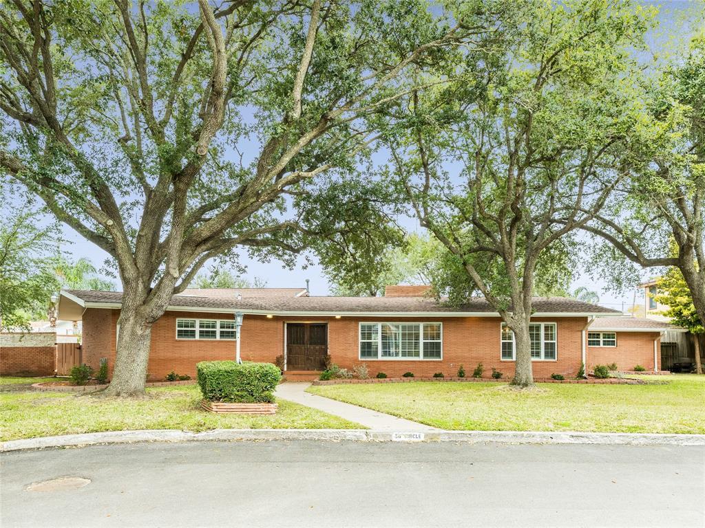 50 Cedar Lawn Circle, Galveston, TX 77551 - Galveston, TX real estate listing