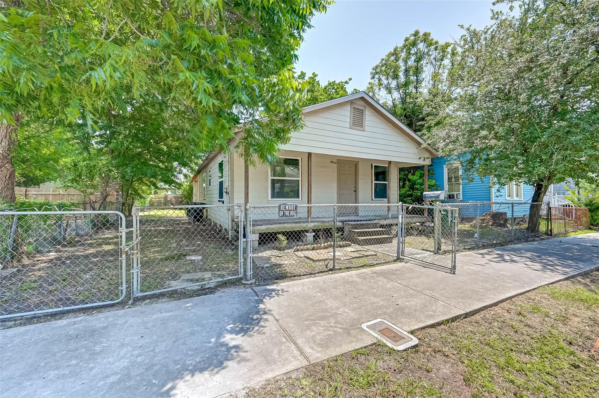 412 Henry Street Property Photo