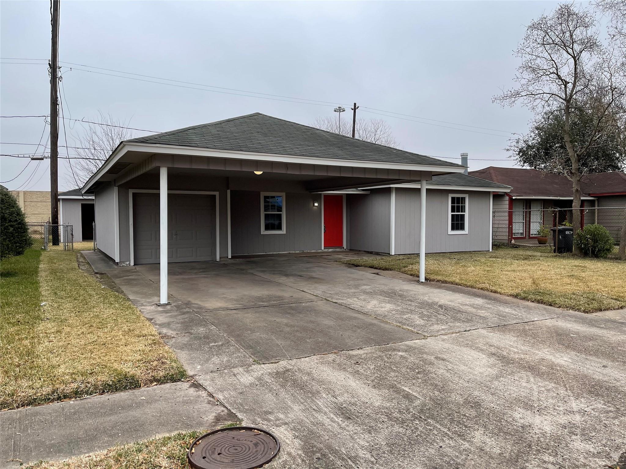 1004 Sage Drive Property Photo - Galena Park, TX real estate listing