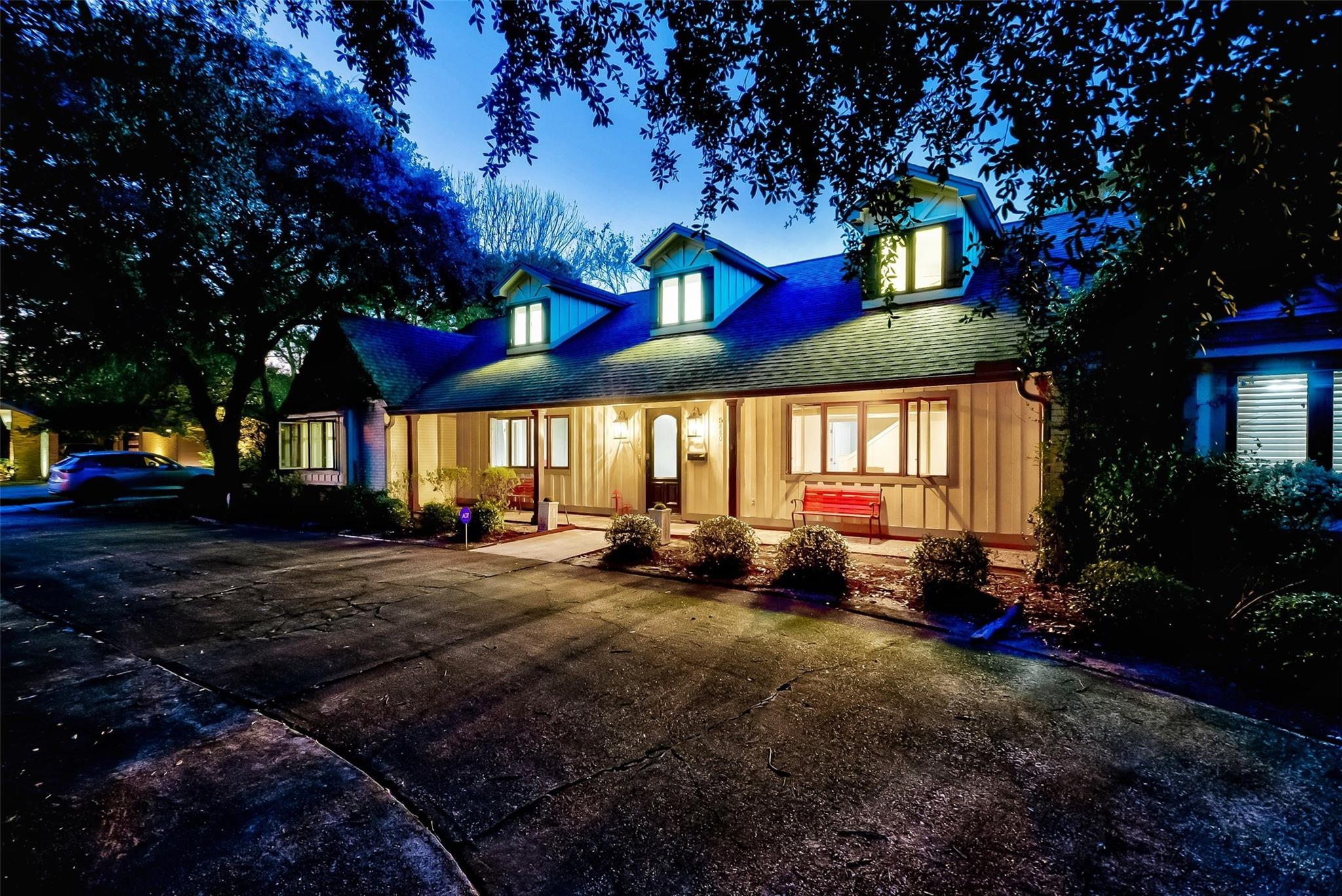 5880 Gladys Avenue Property Photo - Beaumont, TX real estate listing