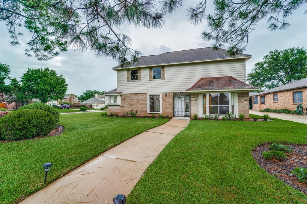 3311 S Sutton Square Property Photo - Stafford, TX real estate listing