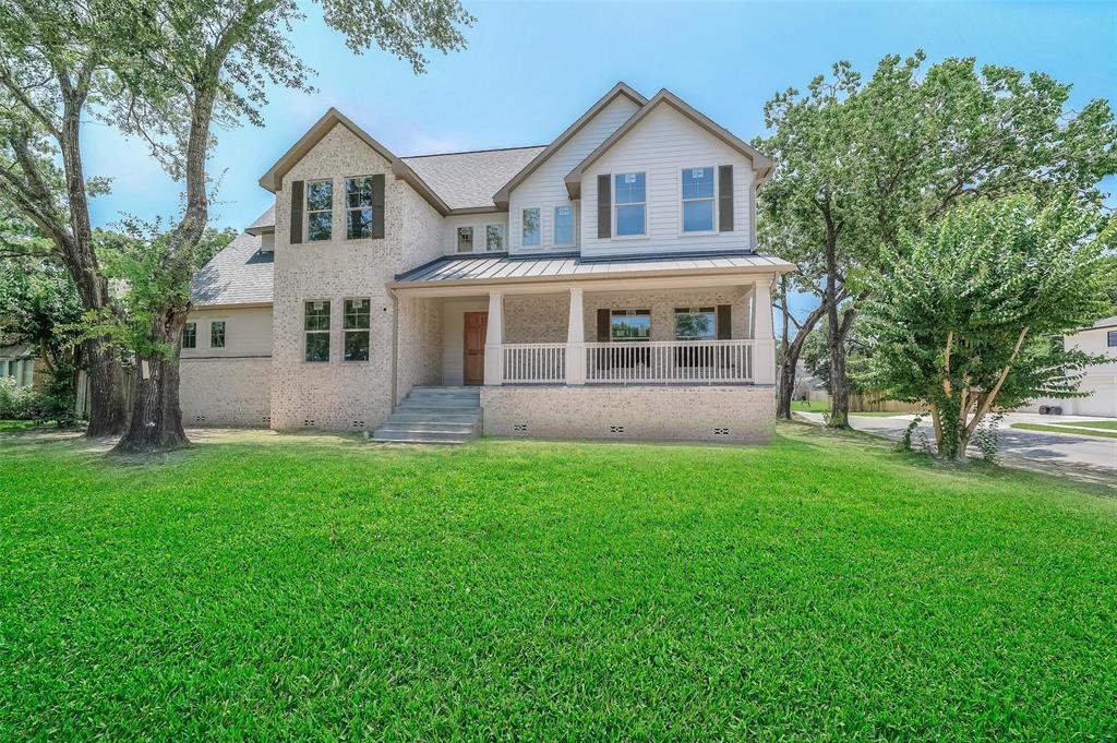 502 Walnut Bend Lane Property Photo - Houston, TX real estate listing