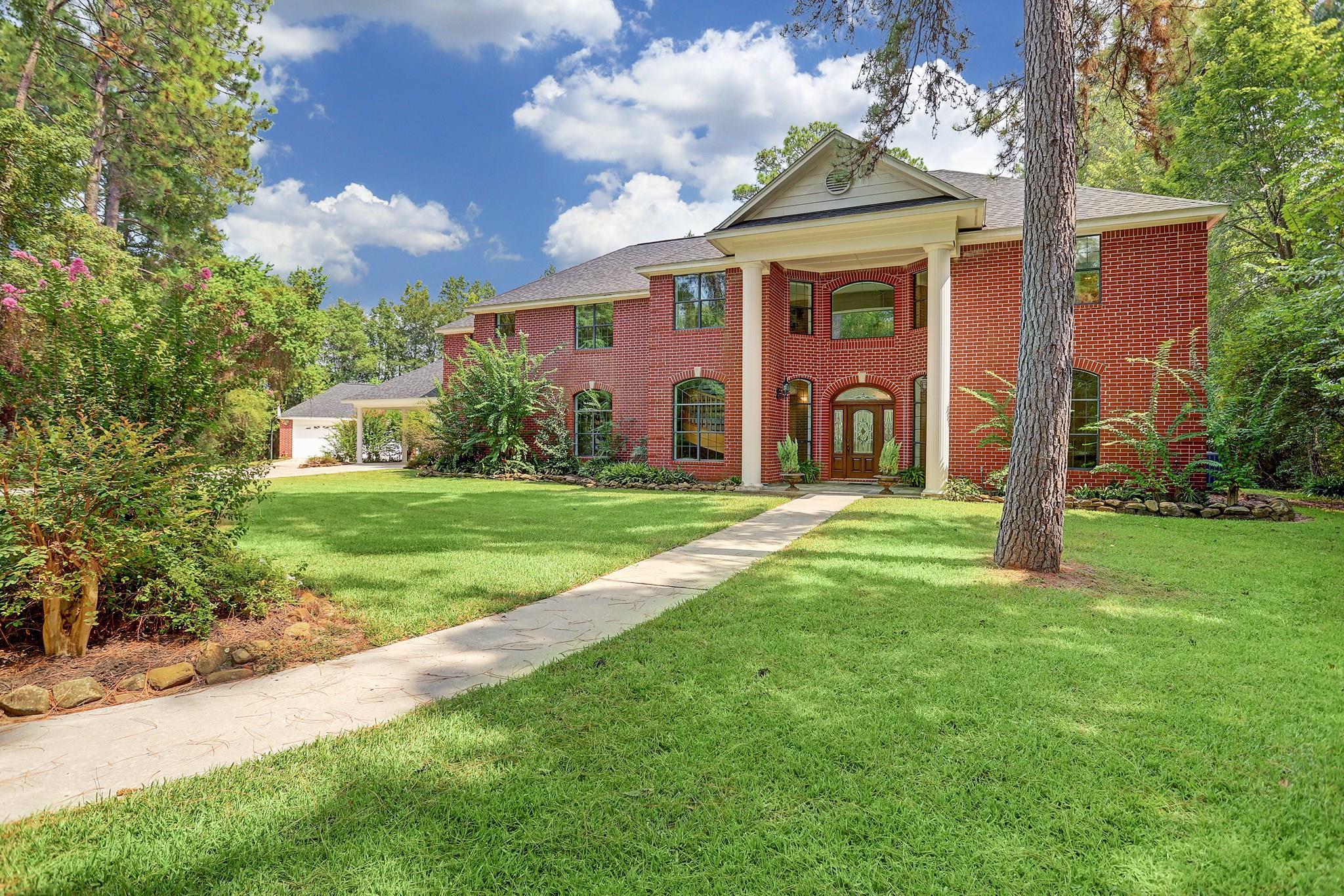 Albury Manor Real Estate Listings Main Image