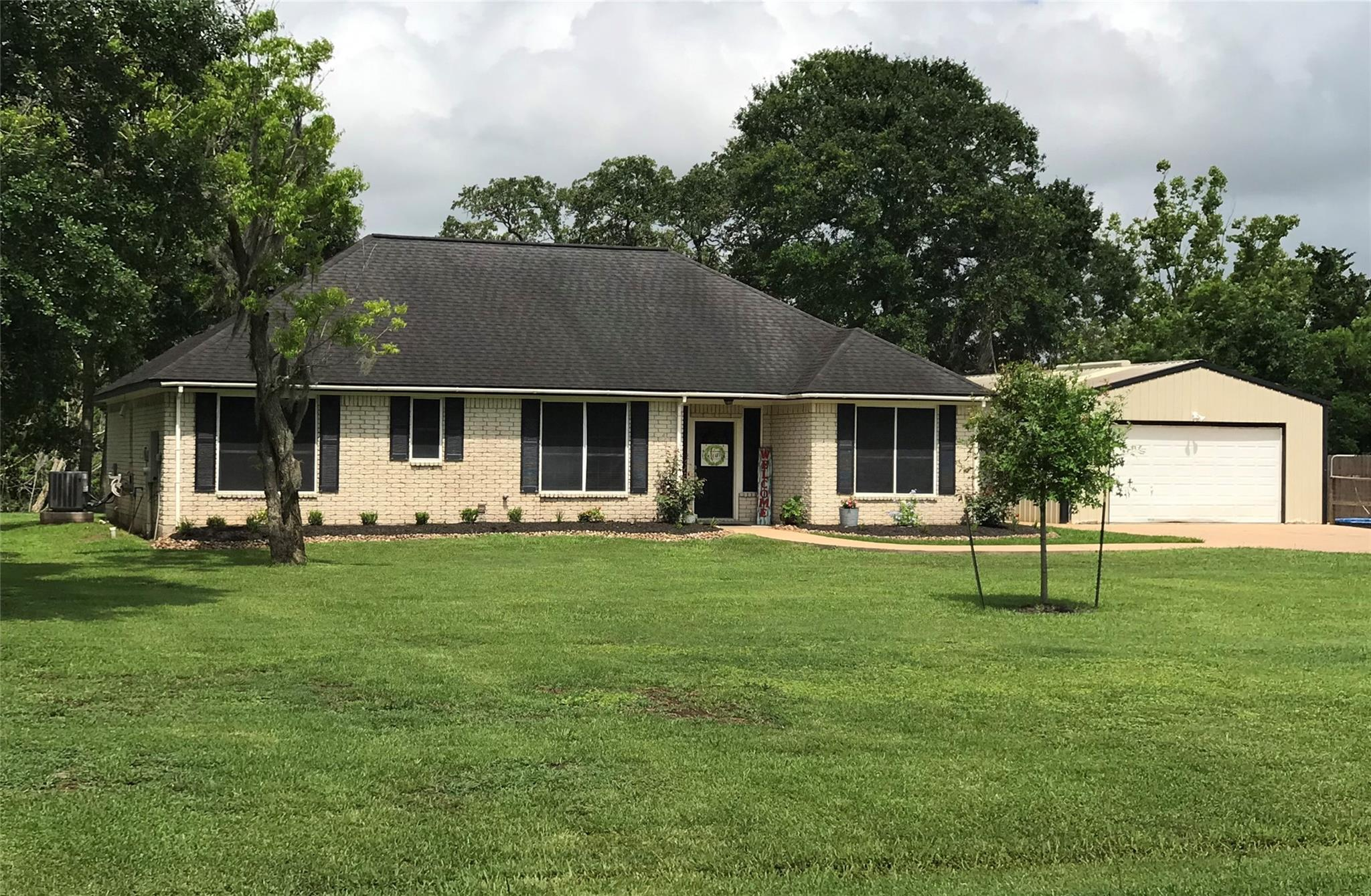 7777 County Road 684 Property Photo
