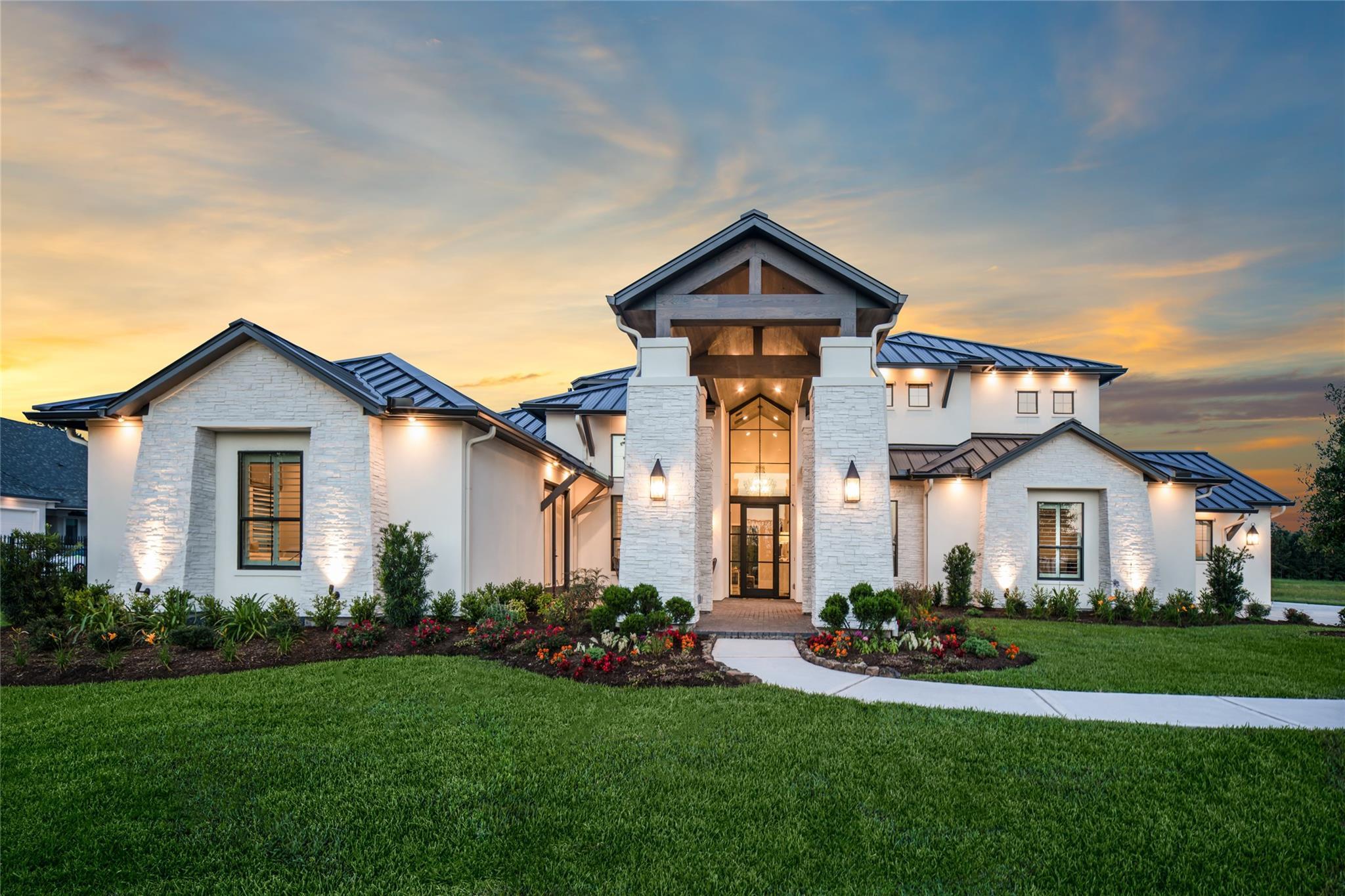 15618 Sheldon Lake Drive Property Photo 1