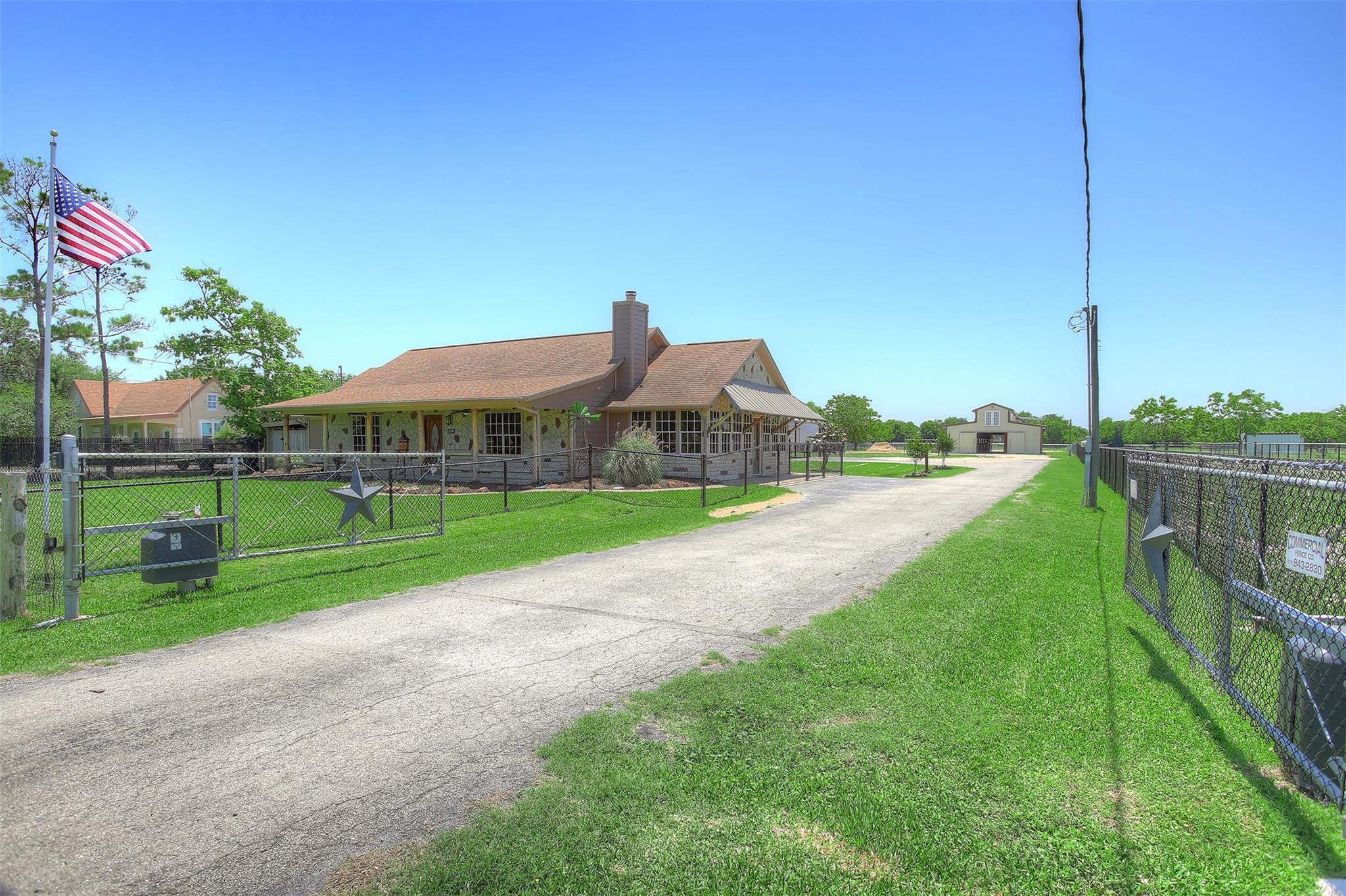 11106 N P Street Property Photo - La Porte, TX real estate listing