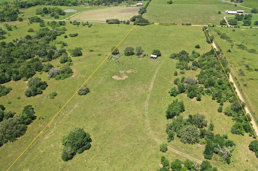 2166 County Road 212, Hallettsville, TX 77964 - Hallettsville, TX real estate listing