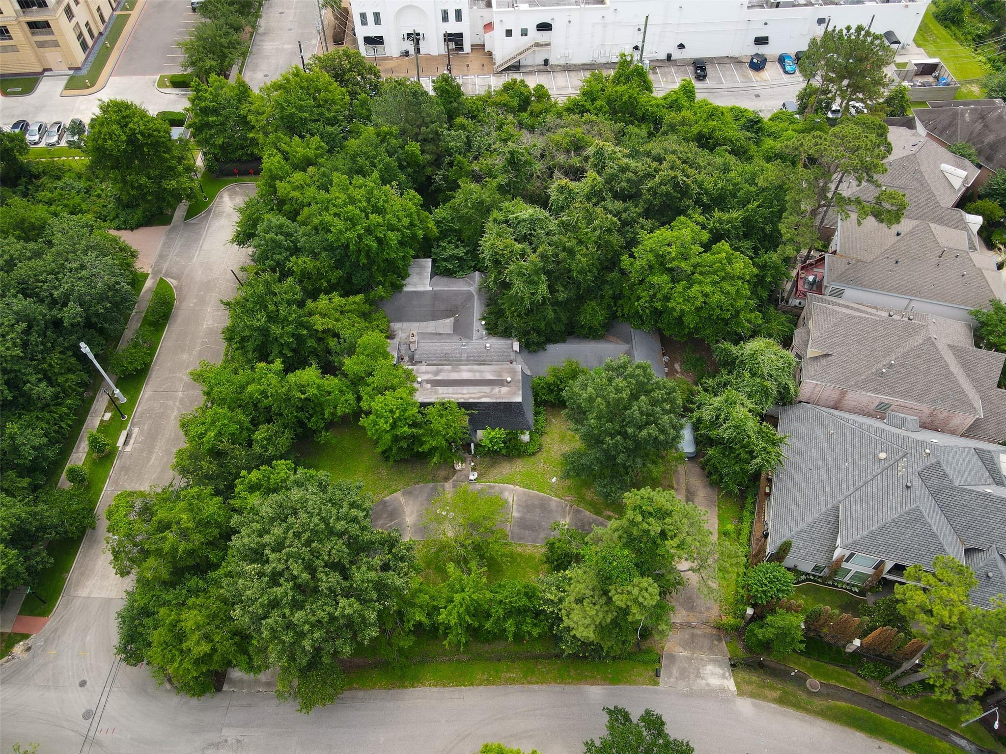 32 S Wynden Drive Property Photo 1