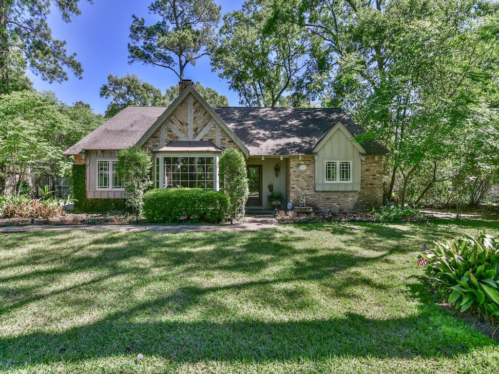 1246 Ridgeley Drive Property Photo - Hilshire Village, TX real estate listing