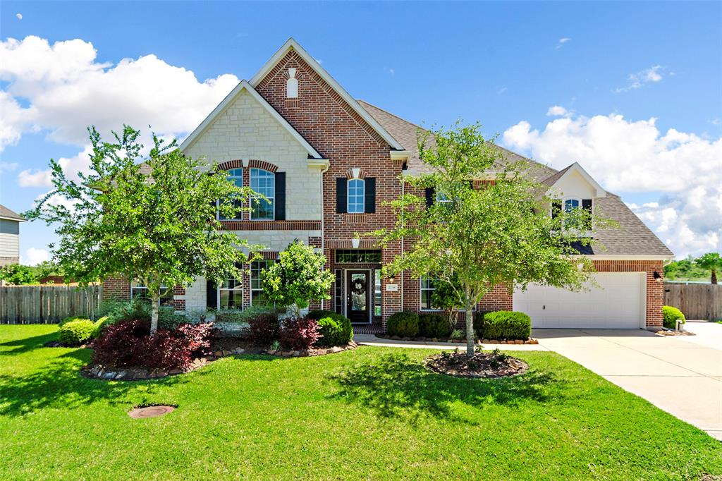 2238 Lakeway Drive, Friendswood, TX 77546 - Friendswood, TX real estate listing