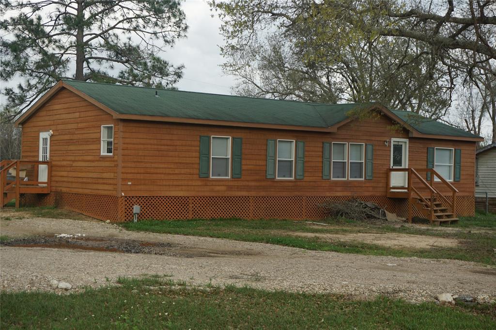 3815 Sunrise Lane, Damon, TX 77430 - Damon, TX real estate listing