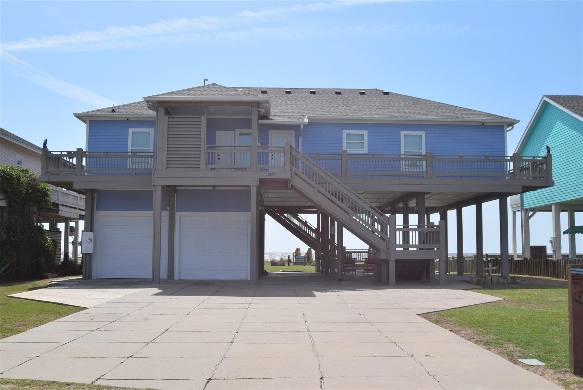 2726 Gillespie Property Photo - Crystal Beach, TX real estate listing