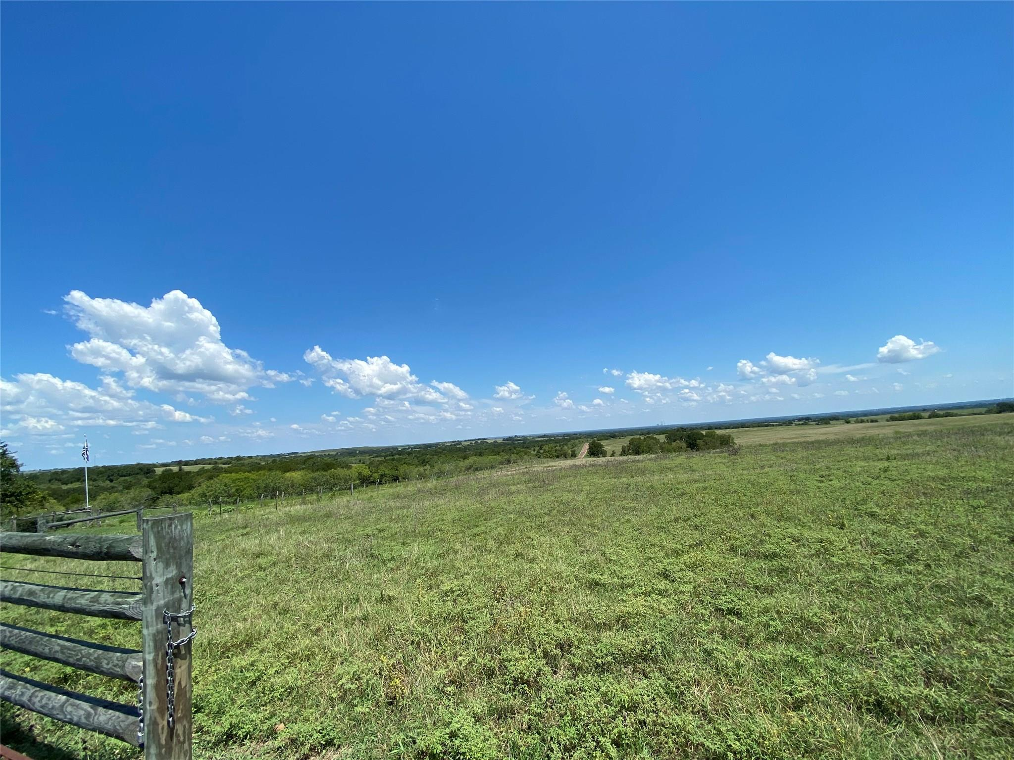 13041 SEYDLER RD Property Photo - Weimar, TX real estate listing