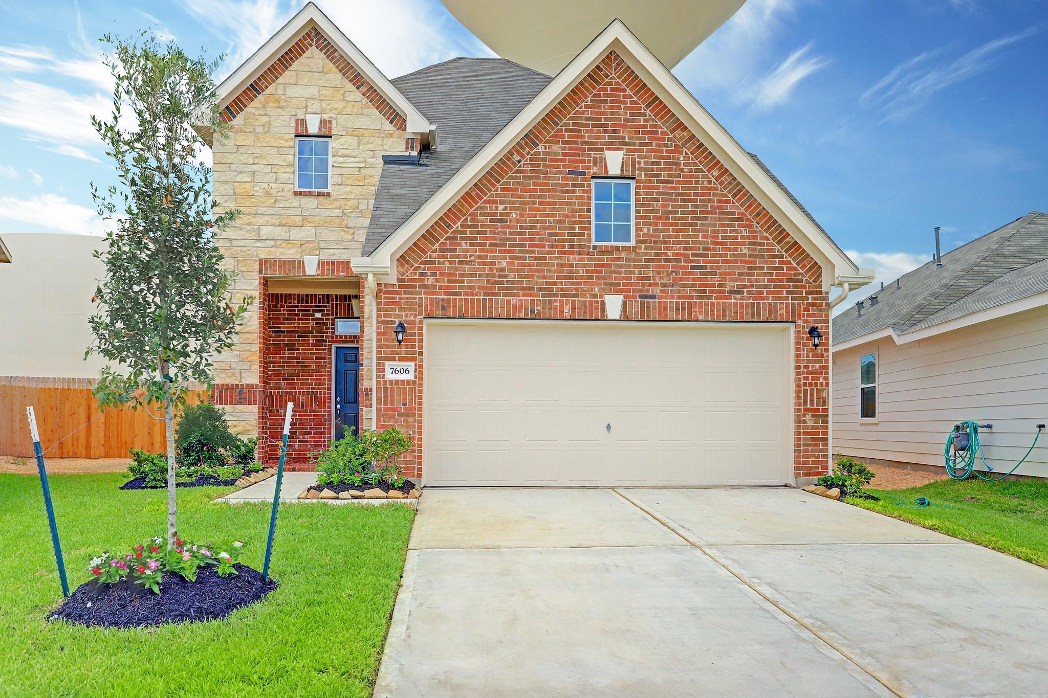 7606 Terra Grove Drive Property Photo - Houston, TX real estate listing