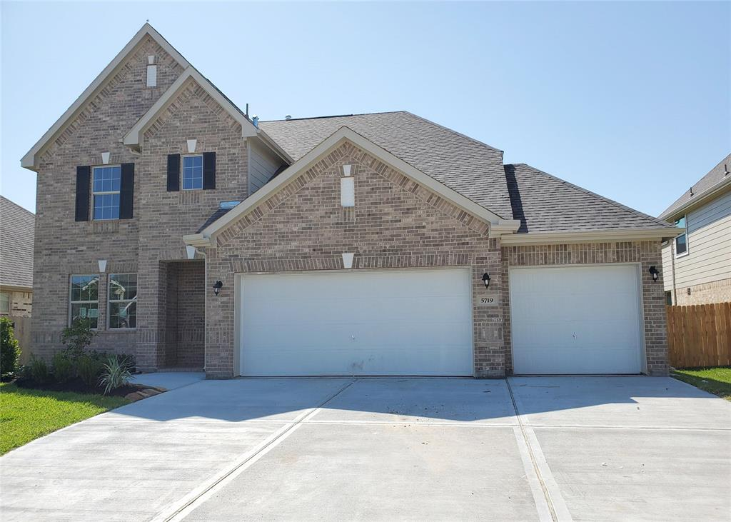 5719 Hillcrest Court Property Photo - Pasadena, TX real estate listing