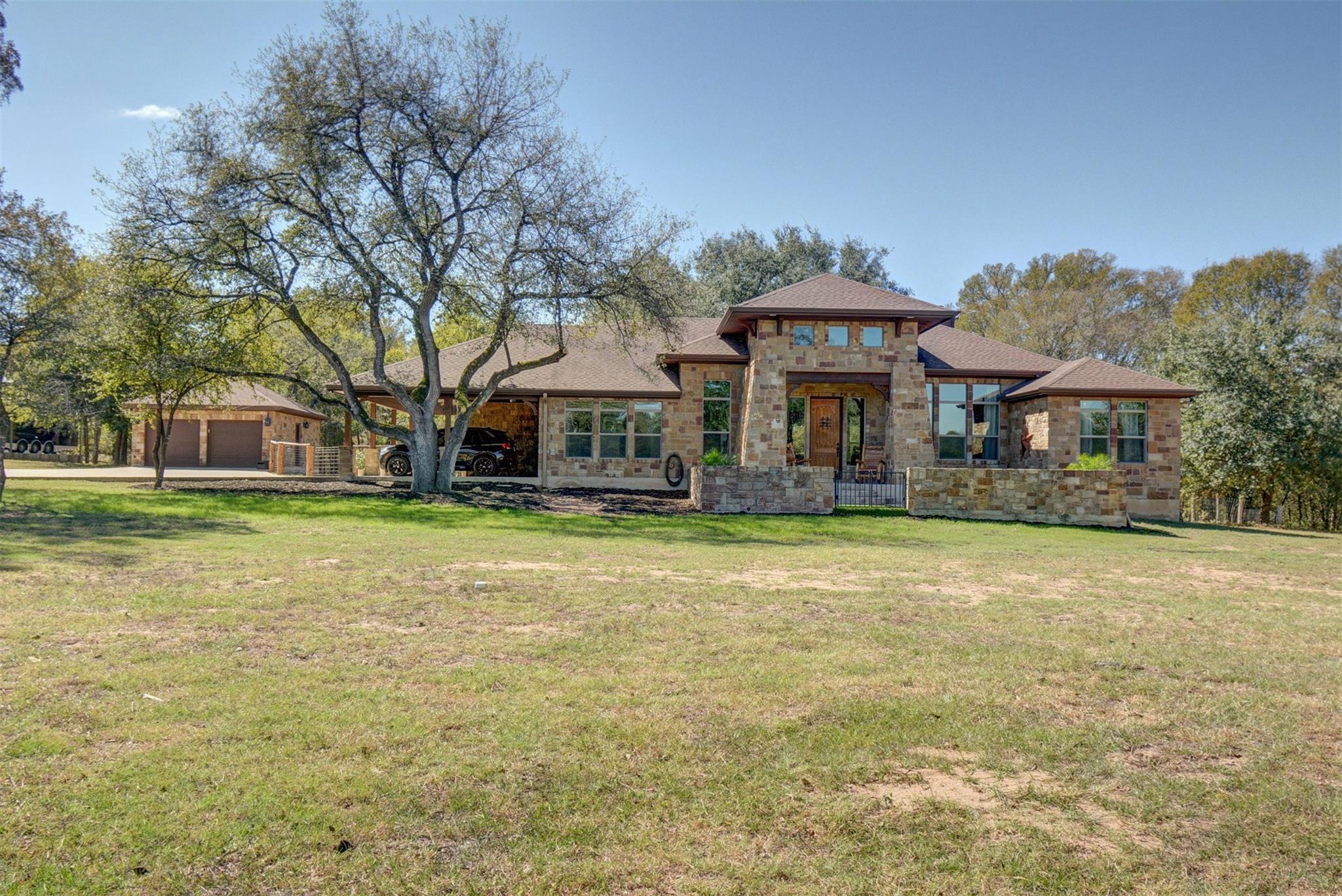 218 Sandy Creek Ranch Road Property Photo - Smithville, TX real estate listing