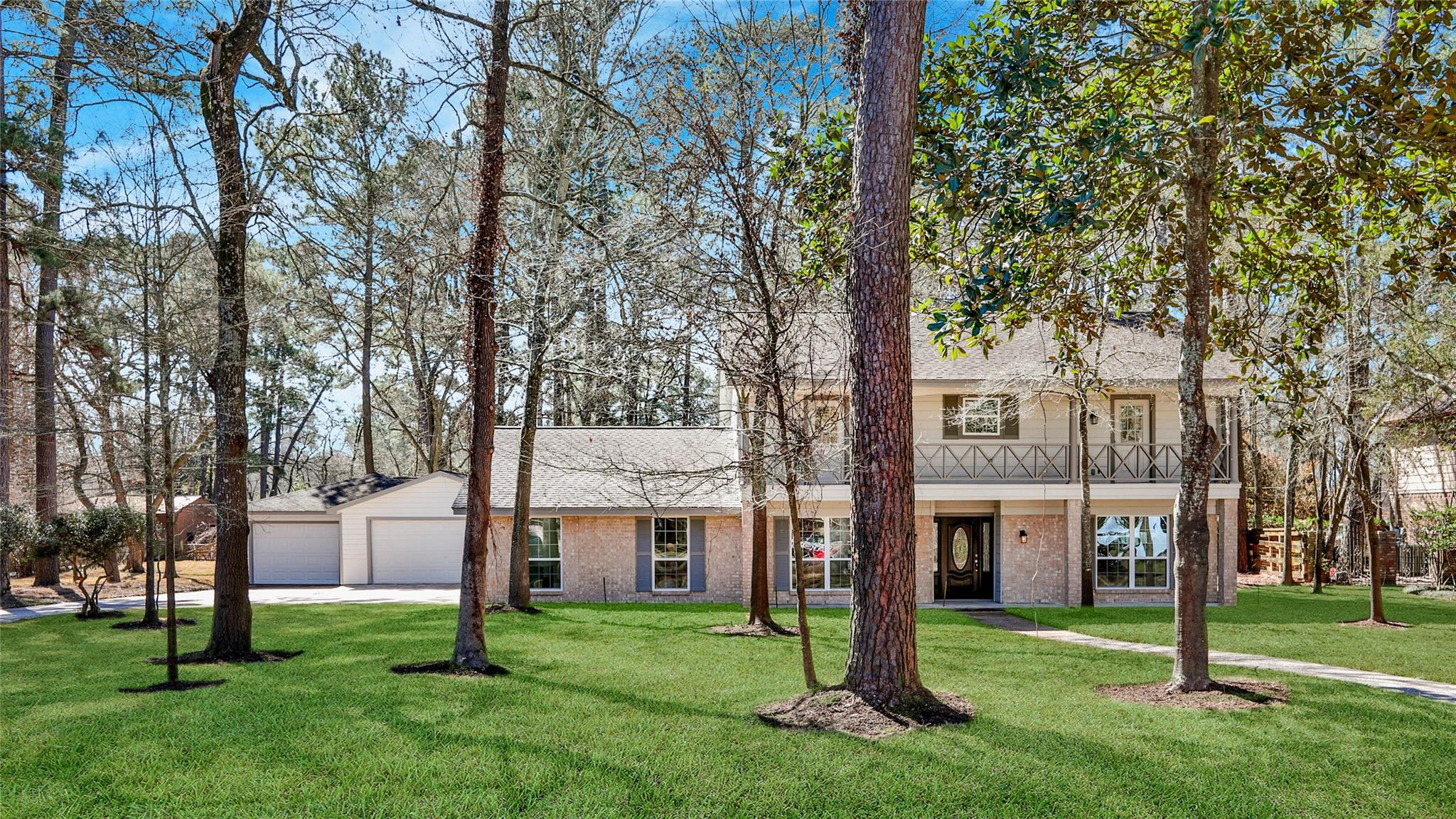 1306 Castle Hill Trail Property Photo - Kingwood, TX real estate listing