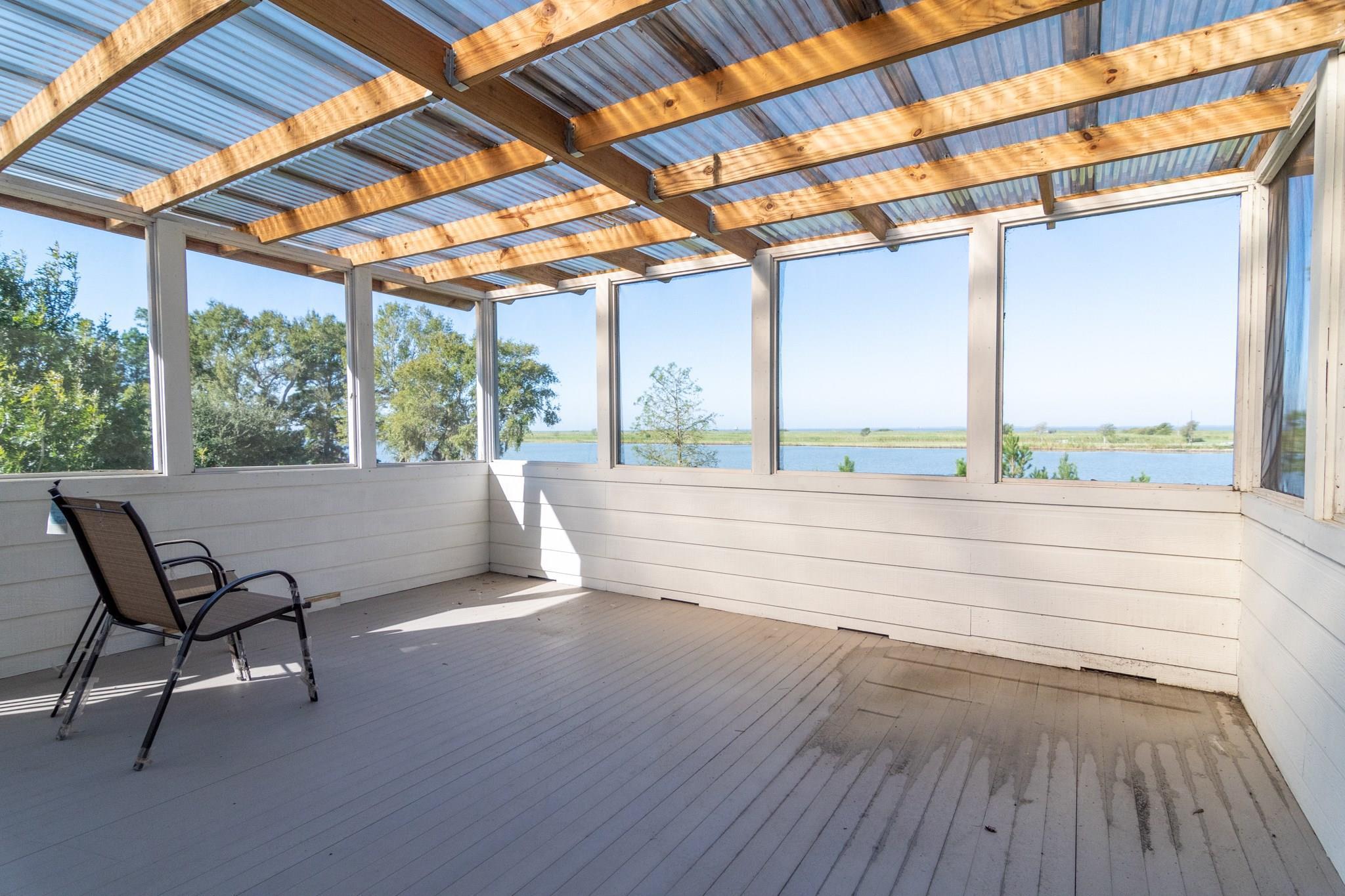282 Chambers Drive Property Photo - Anahuac, TX real estate listing