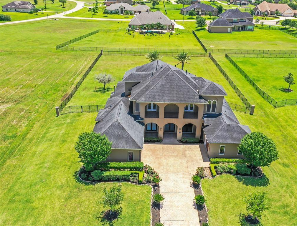 8418 Den Oak Drive Property Photo - Richmond, TX real estate listing