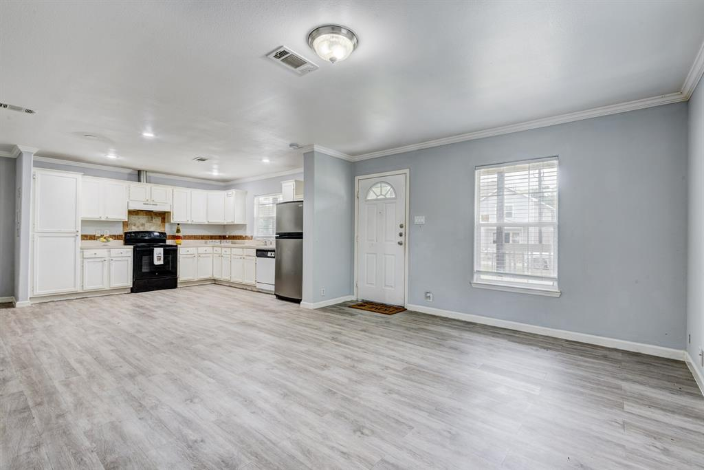 8017 Hamlet Street Property Photo - Houston, TX real estate listing