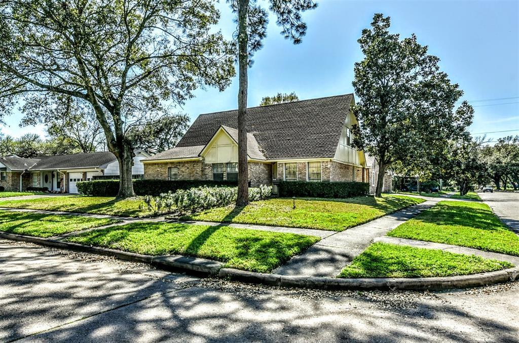 7202 Lugary Drive, Houston, TX 77036 - Houston, TX real estate listing
