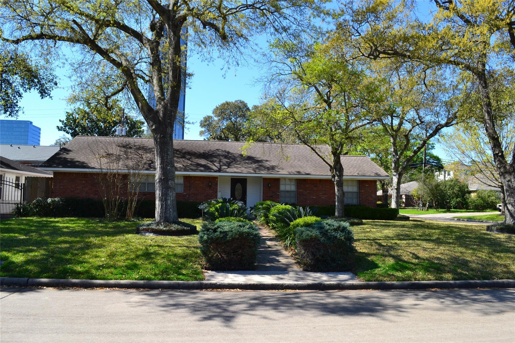 3102 Newcastle Drive Property Photo - Houston, TX real estate listing