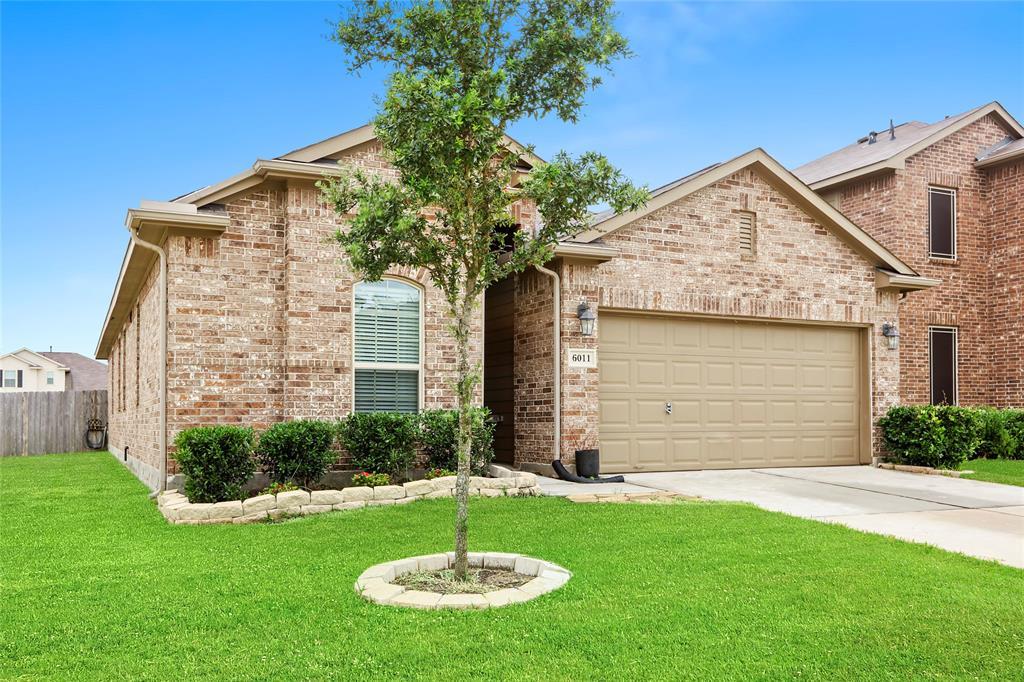 6011 Rockfowl Drive Property Photo - Houston, TX real estate listing