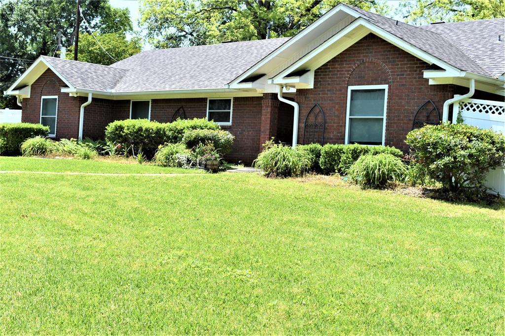 217 Timberlane Property Photo