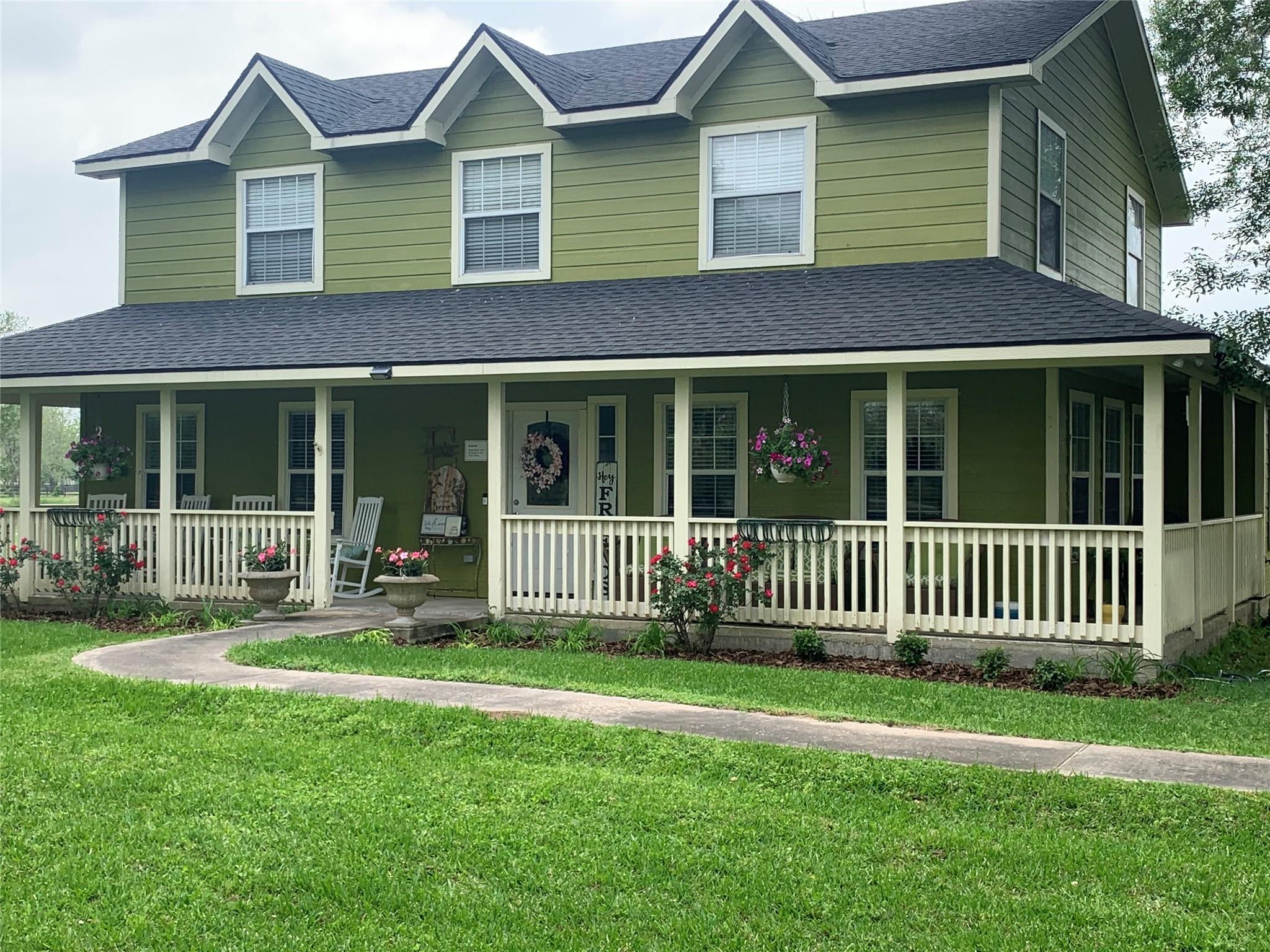 A Robinson Real Estate Listings Main Image