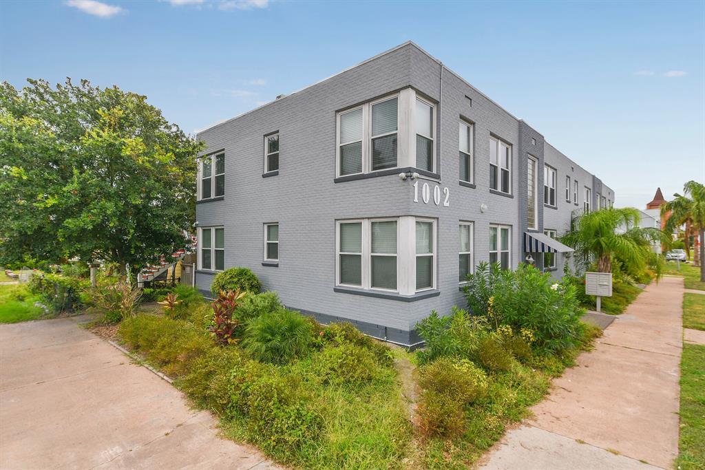 1002 11th Street Property Photo