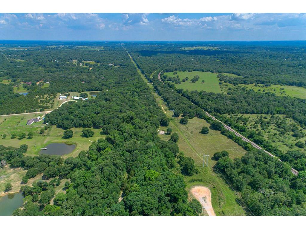 768 Meadow Bend Road, Bellville, TX 77418 - Bellville, TX real estate listing