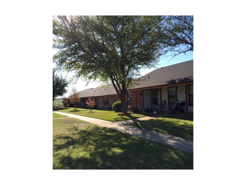1031 Old Bynum #15 Property Photo - Hillsboro, TX real estate listing