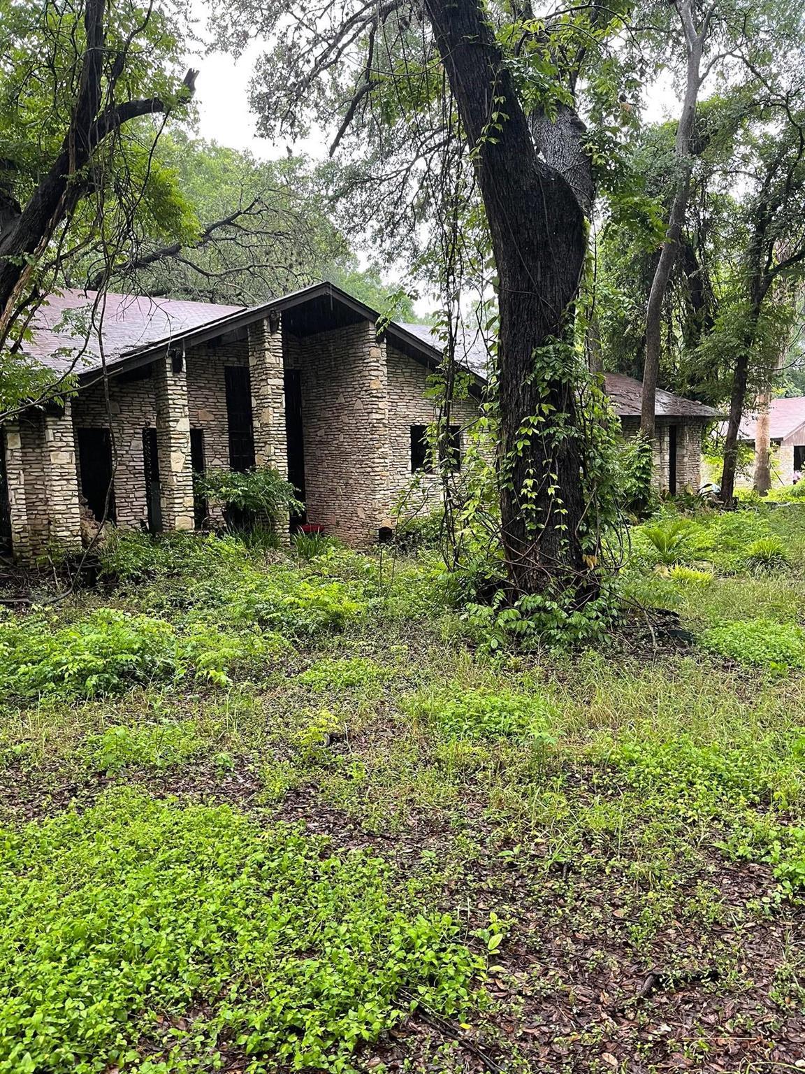 9503 Woodshire Drive Property Photo