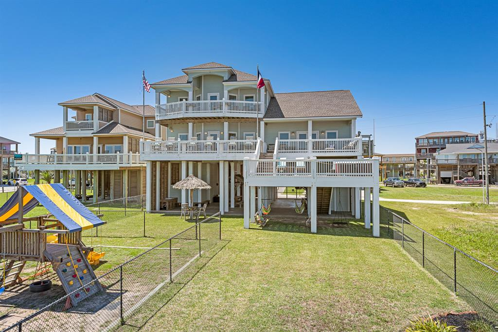 2902 Cedar Lane Property Photo - Crystal Beach, TX real estate listing