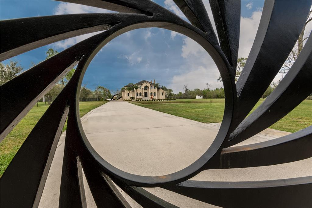 4637 Dagg Road Property Photo - Houston, TX real estate listing