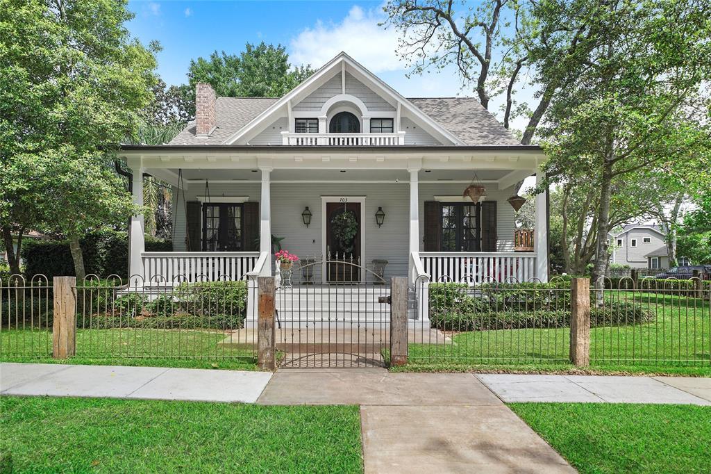 703 Omar Street Property Photo - Houston, TX real estate listing