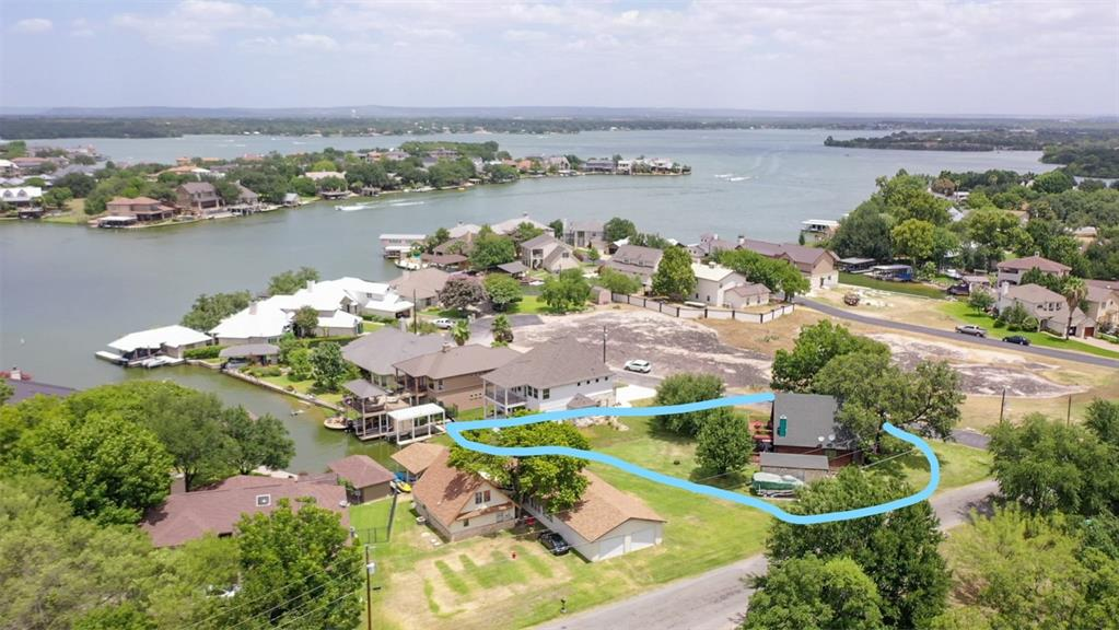 401 Lake Point Drive Property Photo - Horseshoe Bay, TX real estate listing