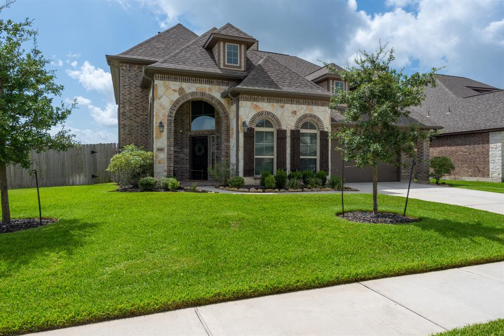 10803 Crossbow Arrow Court Property Photo - Tomball, TX real estate listing