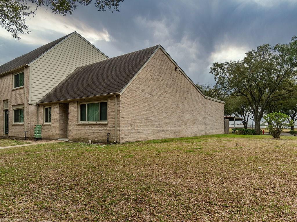 2098 Shiveley Circle, Houston, TX 77032 - Houston, TX real estate listing
