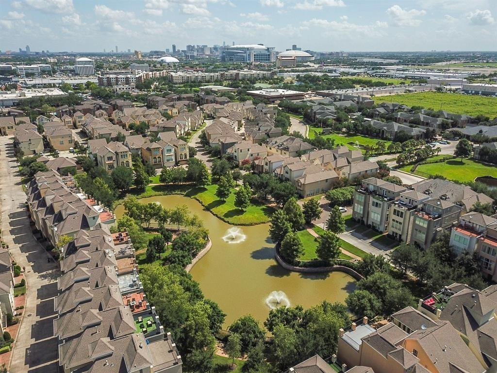 9117 Harbor Hills Drive Property Photo - Houston, TX real estate listing