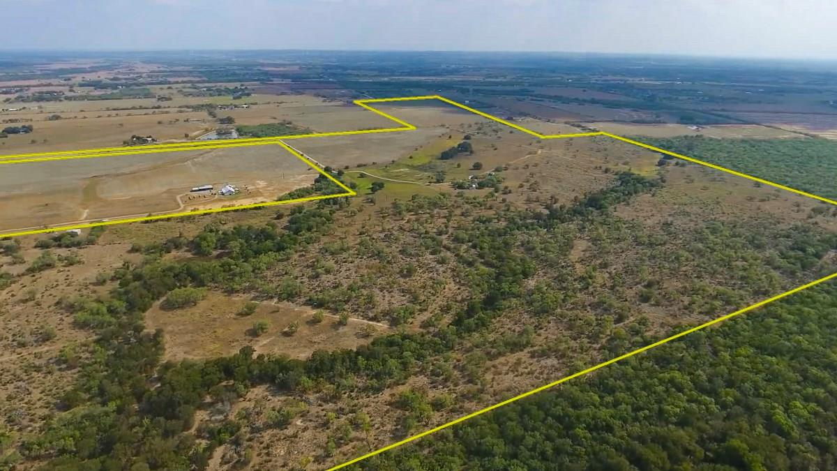 0000 N Gable Rd Property Photo - St. Hedwig, TX real estate listing