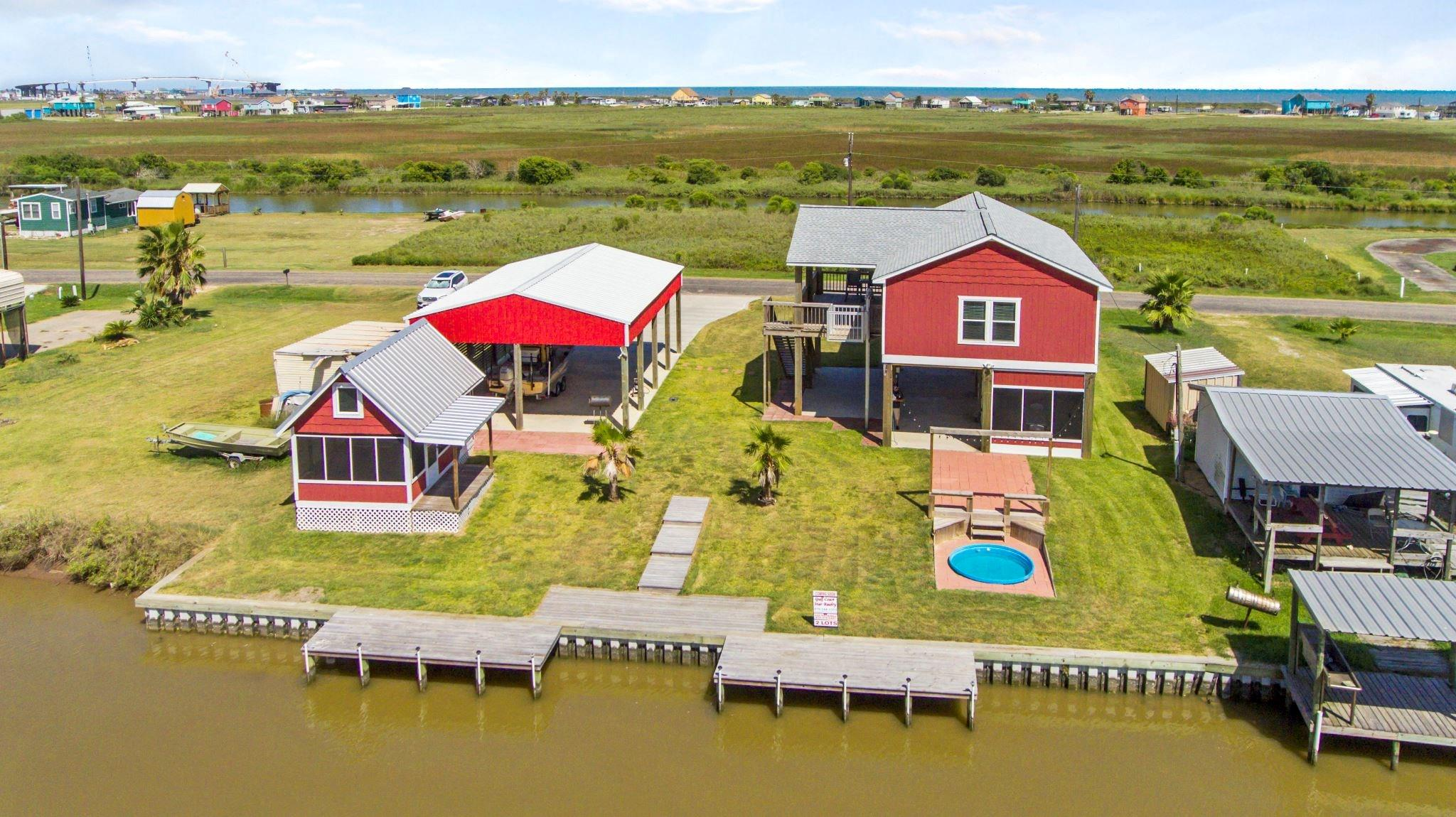 286 CR 204 Property Photo - Sargent, TX real estate listing