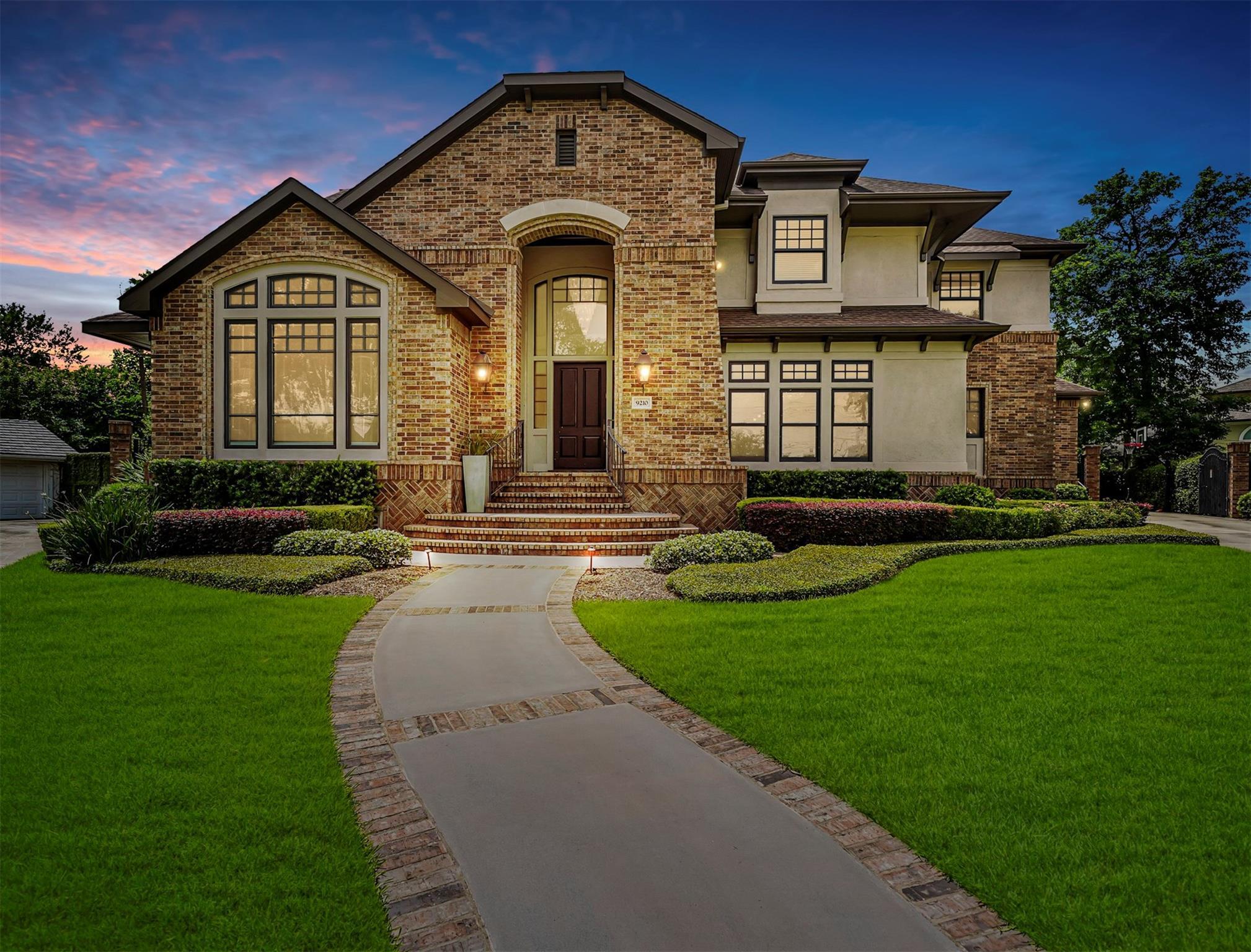 9210 Greenwillow Street Property Photo - Houston, TX real estate listing