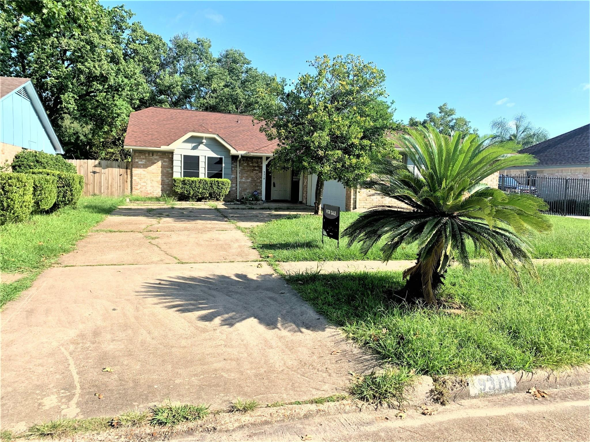 9318 BENNING DR Property Photo - Houston, TX real estate listing