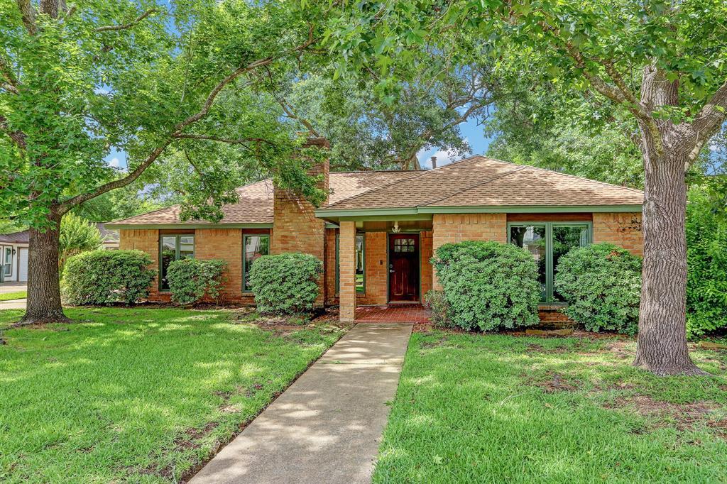 16106 Crawford Street Property Photo - Jersey Village, TX real estate listing
