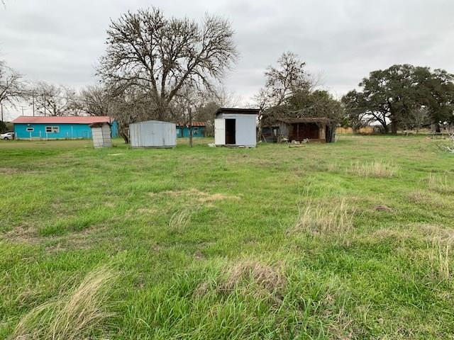 1401 DUNN Street Property Photo - Yoakum, TX real estate listing
