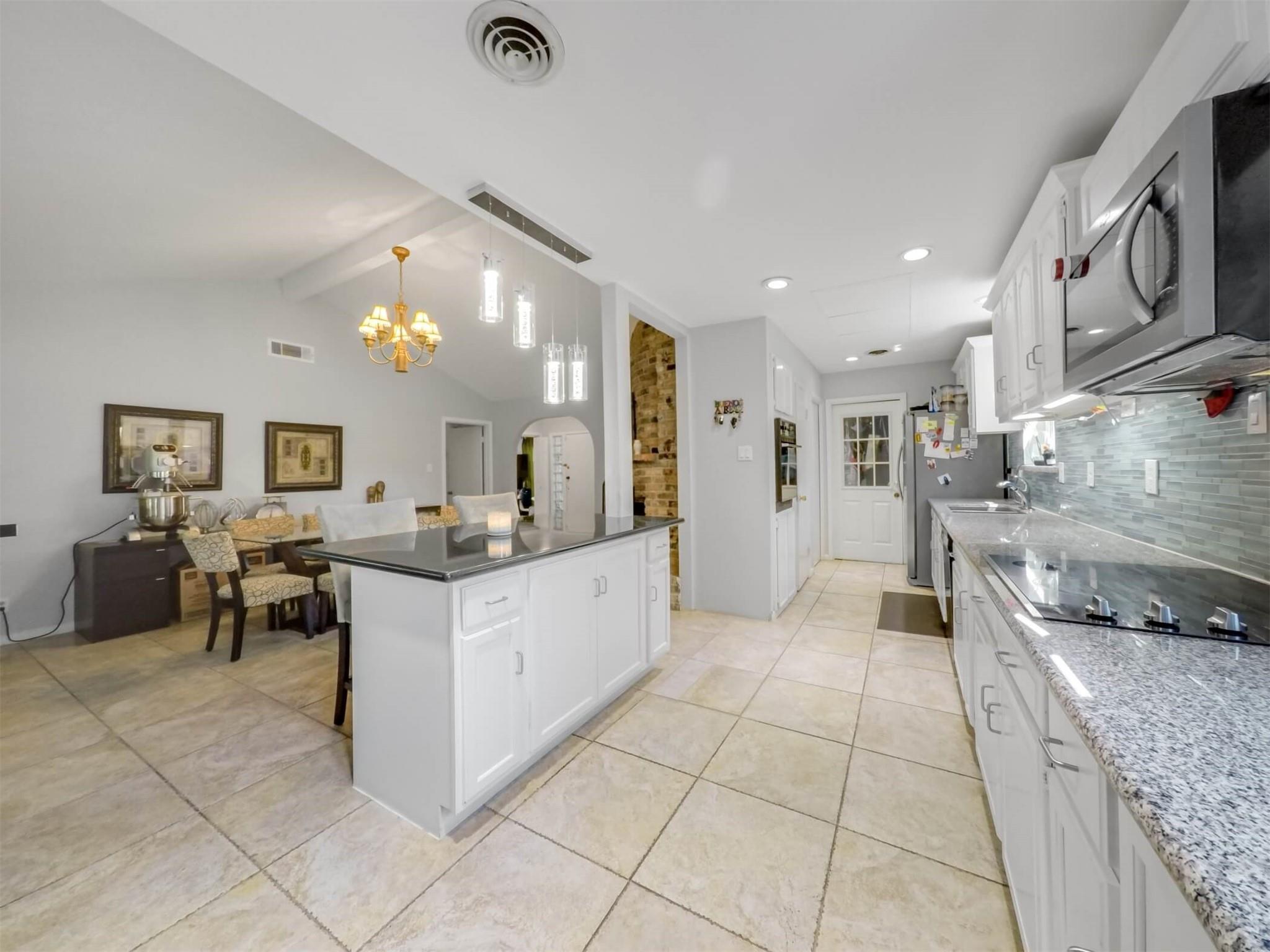 7715 Barberton Drive Property Photo
