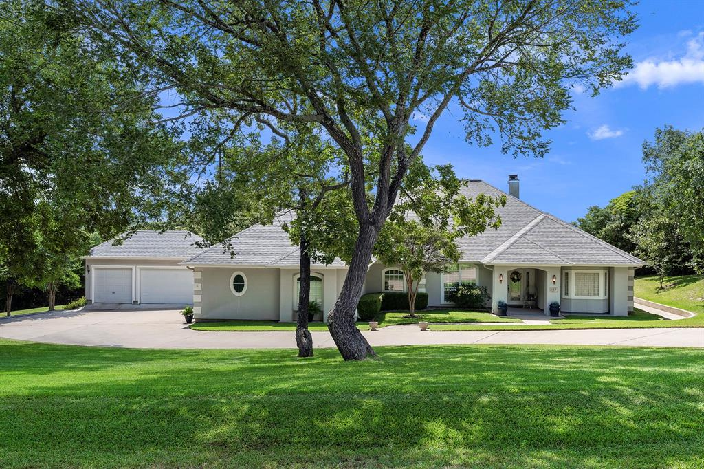 152 Golfview Drive Property Photo - Hilltop Lakes, TX real estate listing